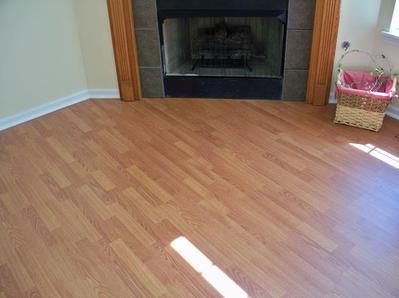 Http Laminateflooringnewseek Blogspot Com 2013 03 Laminate Flooring Care And Maintenance Html